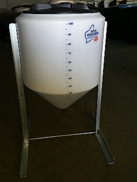 100L cone tank and stand.jpg